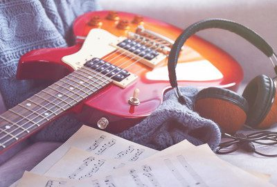 Guitar Chord Mastery!Turn Your Brain Into A Chord Encyclopia