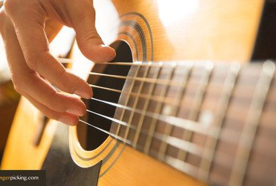 Learn Guitar: Zero to Guitar Fingerpicking in 30 days
